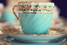 mugs and cups / by Ludmilla Valladao