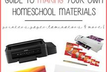Homeschool organization, tips, and spaces / Ideas for homeschool spaces - rooms, organisation, boards, display and more!  #montessori, #homeschool, #preschool