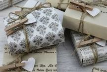 Gifting / by Diana Francesca
