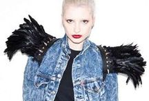 Feather Fashion / Gorgeously feather-integrated fashion picks from TrendHunter.com / by TrendHunter.com