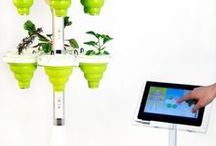 For the Gardener / The best practical gardening tool gifts from TrendHunter.com