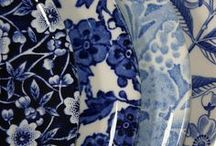 Blue & White / My obsession with blue and white china, French linen, ticking, embroidery, etc... / by Annesia Lin