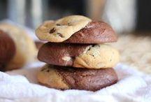 Treats (Cookies) / by Tiffany De La Paz