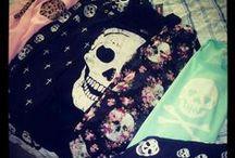 Clothes.  / by Casondra Bunker ♡