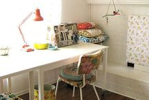 Home work spaces / by Rachel Linquist
