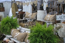 Antique & Collectibles ~ Visuals/Displays Ideas for Booths & Shops / by JSP