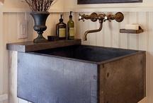 Farmhouse Cottage Laundry Room