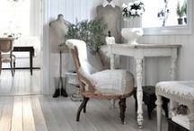 Farmhouse Style / Peaceful and pastural, farmhouse style distills the best of cottage decor down to the core essentials. It is solid. It is restful. It is home.