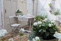 Garden inspiration / Garden inspiration for terrace,porch,serre Tuin inspiratie voor serre ,terras,voor en achtertuin,veranda .Styling ideeën