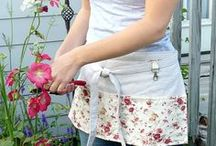 Half Aprons / Half aprons for vendors, teachers, gardeners, waitresses, busy mom's or anyone else who wants to keep their supplies on board!