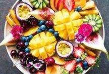 Fruit Snacks / Juicy delicious nutritious fruit