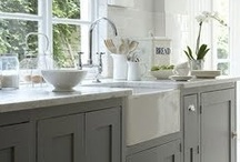 Kitchen / by Erica Ziel