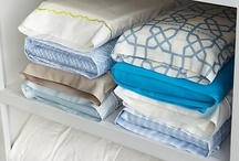 Organizing - Linens & Towels / by Susanna Scott