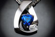 Jewelry is a girls best friend / by Teri Elliott