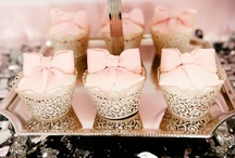 Couture Cupcakes / A celebration of edible works of art.