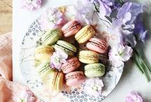 ◊ Biscuits, macarons, cookies, brownies, donuts & more / Love & macarons are all you need...