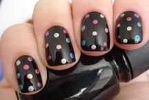 Art nails / by Hilda Rocha