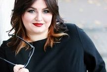 Kleider für jede Figur und Größe / Schöne Kleider haben keine genormte Größen! Auf uniquestyler.de kannst Du Dir online Dein Traumkleid maß schneidern lassen. Ob groß, klein, dünn, kräftig... DU bist der Maßstab für Dein perfektes Kleid.