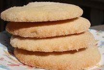 Cookies, Bars & Brownies & Cannoli / by CyndyD