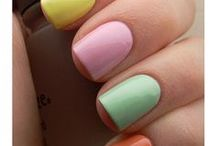 perfect nails / by Natasha Anf
