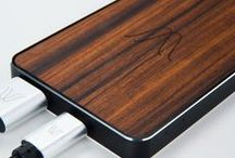 This is not a POWERBANK / Woodie Wireless Power Bank is made with 3 different essence of wood for any taste. Crafted by Italian artisans, it is the first design-conscious external battery that allows you to wirelessly charge the smartphone on the go thanks to the wireless charging Qi technology.