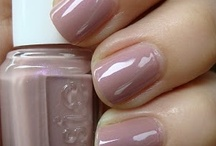 Mama Wishes | For Pretty Nails / by Kristie Rhae
