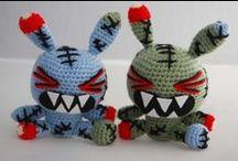 Handmade Crochet Iklesik Dolls / Kitsch Evil Cute Crochet Iklesik Dolls from the macabre to the aw-shucks cute!
