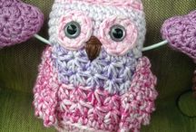 Crochet and knitted owls / Virkade ugglor och stickade ugglor Crocheted and knitted owls