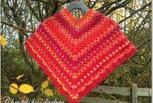 Crocheted shawls, wraps, scarves and ponchos / Virkade sjalar, axelvärmare, halsdukar och ponchos