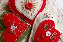 Christmas decorations, julsaker / Felted and sewn, filtade och sydda