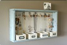 Jewellery Organiser / by C'e' Crisi! by Alex Bonetto