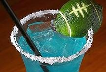Football Tailgate Drinks and Food / Football Tailgate Party Drinks and Food ideas. Vodka, Beer, Craft Beer, Tequila, Wine, Whiskey, Party and more. College teams, UT, Longhorns, Aggies, A&M, TCU, Baylor and NFL.