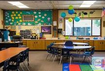 Classroom Organization / I'm obsessed about finding more and more ways to organize my classroom.  Classroom organization ideas for elementary classrooms. If everything has a place, the day will be easier, right?