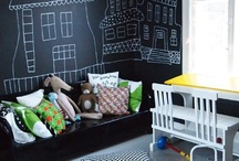 Play, hobby & game rooms / by Janet Bennett