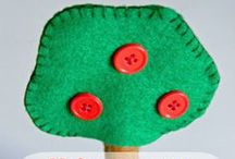 Apple Theme / Apple themed crafts & hands-on learning activities for toddlers & preschoolers