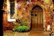 Doors & Gates / by Janet Bennett
