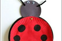 Insect Theme / Insect and Bug themed crafts & hands-on learning activities for toddlers and preschoolers. Have fun learning about caterpillars, butterflies, ants, spiders & more!