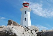 Faróis e Balizas \-/ Lighthouses and Beacons / Sinais marítimos para a navegação marítima - Maritime devices to keep sailors safe on their journeys / by J Lourenco