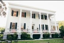 Wickliffe House Weddings / If you're looking for a gorgeous reception venue with Southern charm aplenty but firmly in the middle of bustling Downtown Charleston, then the Wickliffe House is for you! Built in 1850 during Charleston's rice boom, the house is an architectural dream, featuring elegant and ornate rooms and a beautiful curving staircase.