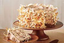 I love CAKE!! / by Pamela Hayes