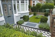 Small Garden / On this board we have pined inspiration for small gardens. Many homeowners only have a small garden and the trick is how to maximize the space and include everything you require without the space looking overcrowded and confused.
