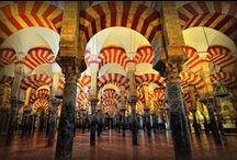 Spanje / Het zonnige mediterrane land, ideaal voor een vakantie. https://www.hotelkamerveiling.nl/hotels/spanje.html