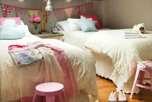 Nooks and Bunks / I have a small obsession with nooks and bunks...