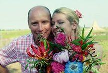 Blije bruidsparen / Foto's van bruidsparen waarvan wij het bloemwerk mochten maken, gemaakt op hun huwelijksdag.