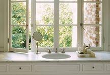 bathrooms / by Lauren Robinson