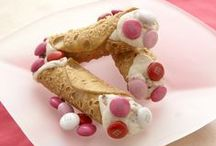 Valentine's Day Recipes / Find beautiful and tasty Valentine's Day recipes featuring M&M'S.