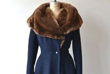 Vintage Outwear and Retro Accessories / Spectacular vintage coats, vintage hats, retro sandals, vintage shoes, classic jackets, silk kimonos, traditional clothes and vintage bags.