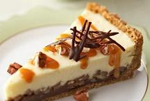 Desserts: Cheesecake Heaven / by Stephanie Stewart-Knepple