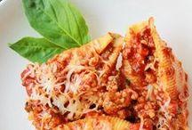Pasta Recipes / by Victoria Campo