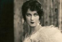 Gibson Girl / First World War Era / Flapper / Art Deco Fashion 1910-1938 A.D.